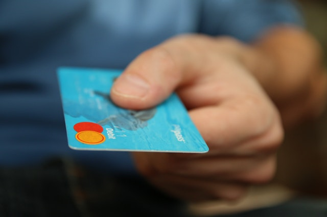 Top credit cards to have if you want to pay down your debt